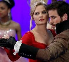 'Once Upon a Time' season 3 finale; Emma finds home and love, season 4 twist