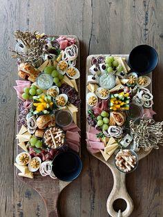 Catering, Serving Board, Charcuterie Board, Impreza, Delicious Food, Barbecue, Buffet, Dessert, Cheese