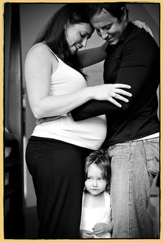 Elegant, beautiful and sometimes sexy maternity and pregnancy photography. Family Maternity Photos, Maternity Session, Maternity Pictures, Newborn Photos, Pregnancy Photos, Baby Pictures, Baby Photos, Family Photos, Maternity Portraits