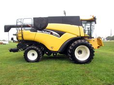 2005 New Holland New Holland, Harvest Time, Monster Trucks, Vehicles, Tractor, Car, Vehicle, Tools
