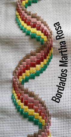 Bargello, Friendship Bracelets, Yarn Crafts, Embroidery Stitches, Border Tiles, Stitching, Crossstitch