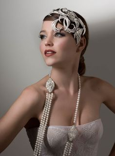 Stephanie Browne: Bon Bon Jewellery Comb has Swarovski Crystal and is Rhodium Plated. Art Deco pearl necklace with three rows of Swarovski pearls.