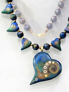 gorgeous wire and polymer clay heart necklace by Sabine of papagodesign