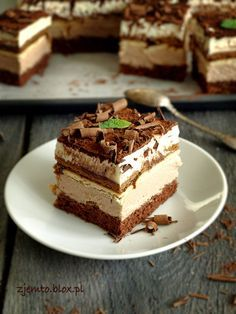 the kubanka cake Polish Desserts, Polish Recipes, Pastry Recipes, Cake Recipes, Dessert Recipes, Kolaci I Torte, Vegan Sweets, How Sweet Eats, Homemade Cakes