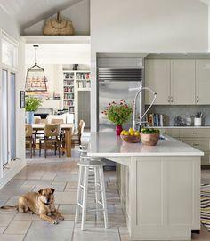 Cream-Colored Kitchen