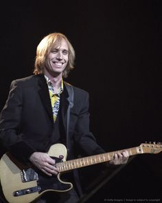 I have always loved Tom PETTY, Grew up on Tom Petty, WILL always love Tom Petty. cant wait to see him for the 4th time in September!!