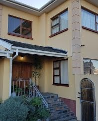 Ludick's Guest Lodge – Bed and Breakfast Click on the image 😚 17 Frans Conradie Drive, Parow Call: +27 (0) 21 939 5205 Email: info@ludickslodge.co.za This 16 bedroom, all with ensuites, modern Bed and Breakfast is centrally situated to all amenities. It provides breakfast, a packed lunch and dinner on request. There is a swimming pool to enjoy as well as a pool table. Onsite parking is available. Credit Cards Accepted. #LudicksLodge #LudicksBedandBreakfast #accommodation Pool Table, Credit Cards, Cape Town, Bed And Breakfast, Lodges, Swimming Pools, Lunch, Dinner, Bedroom