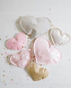 """Mi piace"": 55, commenti: 7 - Peggy (@paulpaula) su Instagram: ""the first day after a break - absolutely requires love&confetti 💕 {cute DIY via @apairandaspare }"""