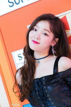 Seunghee - Oh My Girl Mini Album 'Remember Me' Makin Film Kpop Girl Groups, Korean Girl Groups, Kpop Girls, Oh My Girl Seunghee, Girls Channel, Girls Twitter, Red Velvet Seulgi, Fandom, Album
