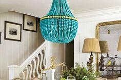 Zelf een lamp maken - Verlichting is uitermate belangrijk om een bepaalde sfeer in je woon-, slaap- of eetkamer te creëren. Mooie verlichting zorgt voor een fijne en huiselijke sfeer en wordt dan ook gezien als een zeer belangrijk onderdeel van het interieur.