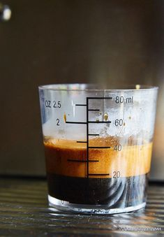A comprehensive guide on how to make espresso at home like a pro. Homemade espresso will cost you 10 times less and will rival best espressos out there. Espresso At Home, Italian Espresso, Espresso Shot, Espresso Coffee, Coffee Shot, How To Make Coffee, Making Coffee, Easy Coffee, Espresso How To Make