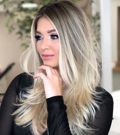 Cabelo Ombre Hair, Balayage Hair Blonde, Brown Blonde Hair, Brunette Hair, Dark Hair, Brunette Color, Blond Hairstyles, Hair Color Highlights, Hair Looks