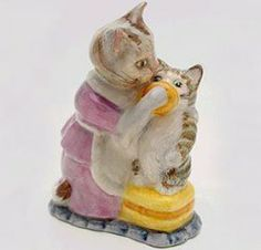 Royal Albert China - Special Collections - Beatrix Potter Figurines- Tabitha Twitchit and Miss Moppet