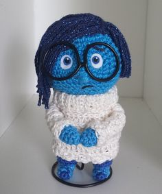 Amigurumi Sadness Doll from Inside Out - FREE Crochet Pattern / Tutorial ༺✿ƬⱤღ https://www.pinterest.com/teretegui/✿༻
