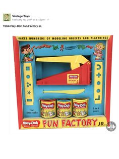 The Play-Doh Fun Factory made the most awesome shapes from the colourful, squishy, sweet-smelling Play-Doh. 1970s Toys, Retro Toys, Vintage Toys, 1960s, My Childhood Memories, Sweet Memories, Play Doh Fun, Play Dough, Before I Forget