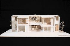 越谷の二世帯住宅模型写真
