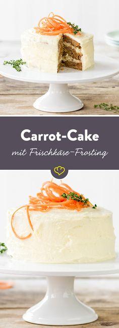 Karotten verleihen der Torte Biss, Muskat, Zimt und Nelken bringen eine überraschende Würze und cremiges Frischkäse-Frosting rundet die Kombination ab.