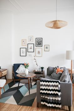 A fab mid-century inspired sitting room in Berlin with bold geometric patterns. Herz & Blut. My Scandinavian Home.