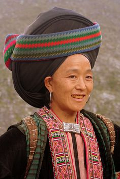 Asia | Portrait of a Dao woman wearing traditional clothes and headdress, Vietnam #turban