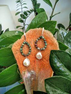 Orecchini in argento 925 rodiato con diaspro e perla barocca di Lithodoracapri su Etsy