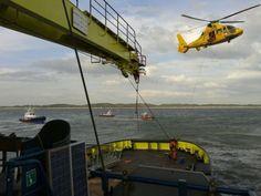 KNRM @knrm Alle aanwezige KNRM reddingboten en de SAR helikopter tijdens de SAR oefening op de Westerschelde