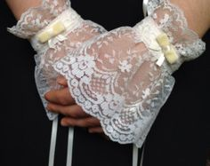 Victorian Style Lace Cuffs | Satin & Lace Wrist Cuffs Ivory Lace Fingerless Gloves Pretty Victorian ...