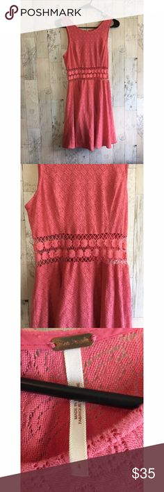Free People Pink Dress With Floral Cut Out Free People Pink Dress With Floral Cut Out in the center. Super fun. Size 4  All my items come from a smoking household Free People Dresses