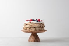 Cake stands Marinetopia by Chabatree Le Shop, Everyday Objects, Acacia, Sweet Home, Cupcakes, Cake Stands, Tableware, Decor, Packaging