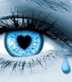 blue eye heart