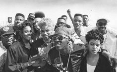 "Throw Black Thursday: Rap Artists Boycott The 1989 Grammy's For Not Televising The First ""Best Rap Performance Award"""