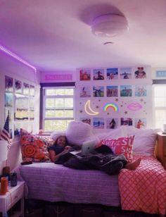 Neon Bedroom, Room Design Bedroom, Room Ideas Bedroom, Bedroom Inspo, Dream Bedroom, Bedroom Wall, Indie Room Decor, Teen Room Decor, Aesthetic Room Decor