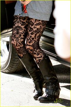 Want these boots and tights!