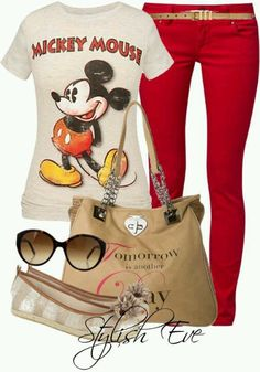 Disney outfits, disney inspired fashion и mickey mouse outfit. Disney Themed Outfits, Disneyland Outfits, Disney Bound Outfits, Disneyland Trip, Mickey Mouse Outfit, Mickey Costume, Minnie Mouse, Mickey Shirt, Traje Casual