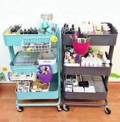 Two IKEA Raskog wagons, which acts as a craft storage - Organisation - Kinderzimmer Ideen Organisation Ikea, Studio Organization, Storage Organization, Storage Cart, Office Storage, Organizing Ideas, Extra Storage, Ikea Raskog Cart, Ikea Cart