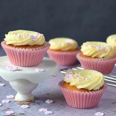 Lemon and Elderflower Cakes