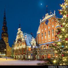 Christmas in Germany | Latvia, Old Riga. House Blackheads (Melngalvju nams) | Flickr - Photo ...