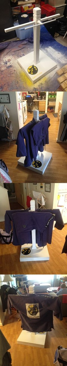 This looks awesome, I want! Finally, an easier way to dry your gi and to store it without getting all wrinkly.