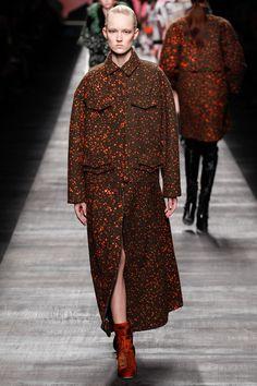 Fendi | Fall 2014 Ready-to-Wear Collection |   <3 <3 <3 Fendi Fendi Fendi dit moi oui !