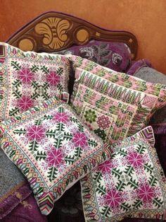 Otros hermosos almohadones ...