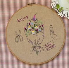 Hand embroidery hoop art, embroidery hoop, DIY Gift, flower embroidery pattern, wildflower by NaiveNeedle  These flowers will never fade!  Ideas for use: garden aprons, curtains, shopping linen bags, kitchen linens, quilt blocks, book covers, pillow cases, hoop art, gadget cases and covers, wall hanging...  FINISHED SIZE: approx 6,8x7 (17.2 x 17.7 cm) - shown here in a painted 9 (23 cm) embroidery hoop  THIS 7-pages PDF FILE INCLUDES: 1 Design Instructions to Transfer Image Instructions for…
