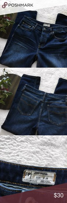 Free People Straight Leg Jeans Free People straight leg jeans - open to offers! Inseam 26'', Rise 10'' Free People Jeans Straight Leg
