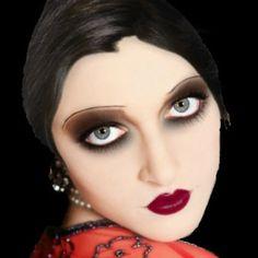 Love the makeup...definitely not a day time look 1920 Makeup, Vintage Makeup, Flapper Makeup, Makeup Art, Retro Makeup, Makeup Geek, Maquillage Goth, Maquillage Halloween, Halloween Makeup