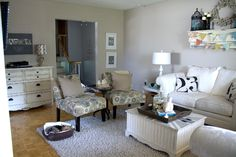 3 Tips for Arranging a Living Room.  Keeping foot traffic to one side of the room is brilliant! What you think?