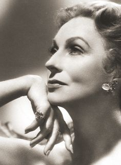 "Agnes Moorehead...one of the truly greats...she could do ANYTHING as an actress...! Loved her in ""Dark Passage""...!"