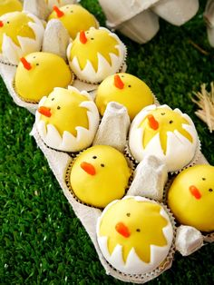 Bird's Party's hatching chicks cake pops are almost too cute to eat, especially displayed in an egg carton.  Source: Bird's Party