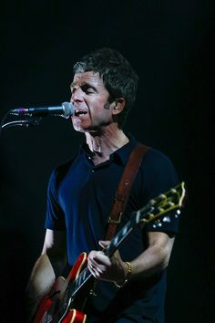 fe341cc2cf 153 Best Noel Gallagher images