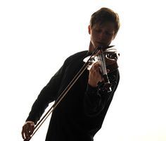 Leon Mladin - Violonist: GALLERY Gallery, Roof Rack