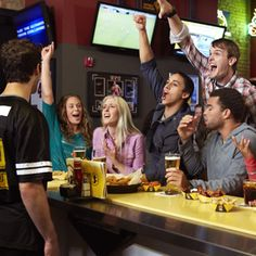 You can score some skinny food options while you watch the game at Buffalo Wild Wings.