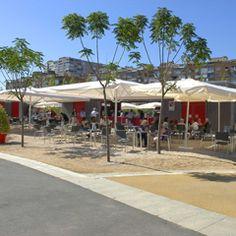 Madrid Río Cafetería.  ¿Qué se come?  Cerveza a 2,50 euros.  ¿Qué tiene de especial?  Hay tumbonas al lado en las que te puedes tirar a tomar el sol.