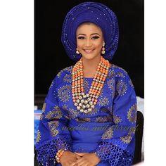 Beautiful Bride.  Makeup - @eeswatmakeovers Asooke- @needlesandthreadnigeria